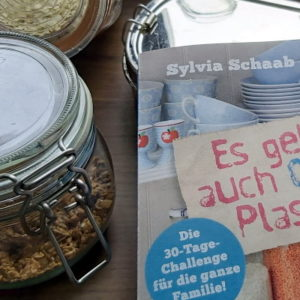 Buchcover, Einmachglas, Mülsi und Edelstahlbrotdose